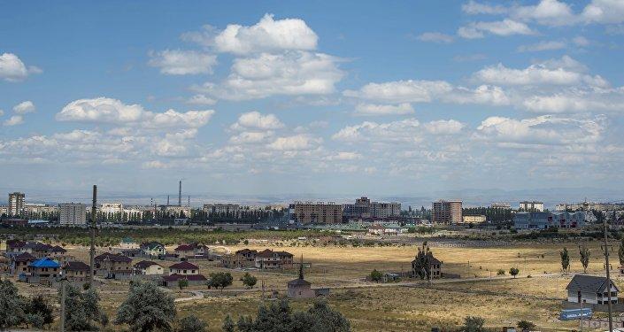 Новостройка Бишкека. Архивное фото