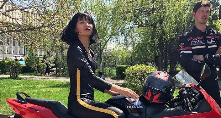 Instagram-блогер Сайкал Жумалиева