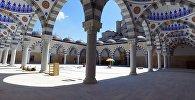 Как выглядит строящаяся самая большая мечеть Кыргызстана снаружи и внутри
