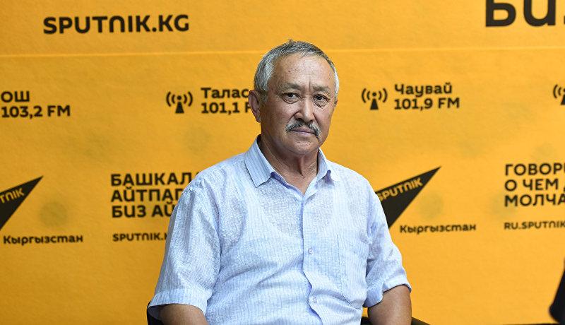 Кыргызсткий и советский тяжелоатлет, чемпион Олимпийских игр 1980 года Каныбек Осмоналиев во время интервью Sputnik Кыргызстан