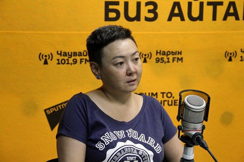 Кыргызстанка Майя Джумакеева, которая собирается преодолеть вплавь 7 километров Черного моря