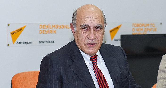 Азербайджанский политолог Фикрет Садыхов