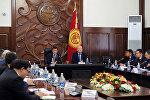 Премьер-министр Сооронбай Жээнбеков на рабочем совещании по обеспечению пожарной безопасности при эксплуатации газобаллонного оборудования