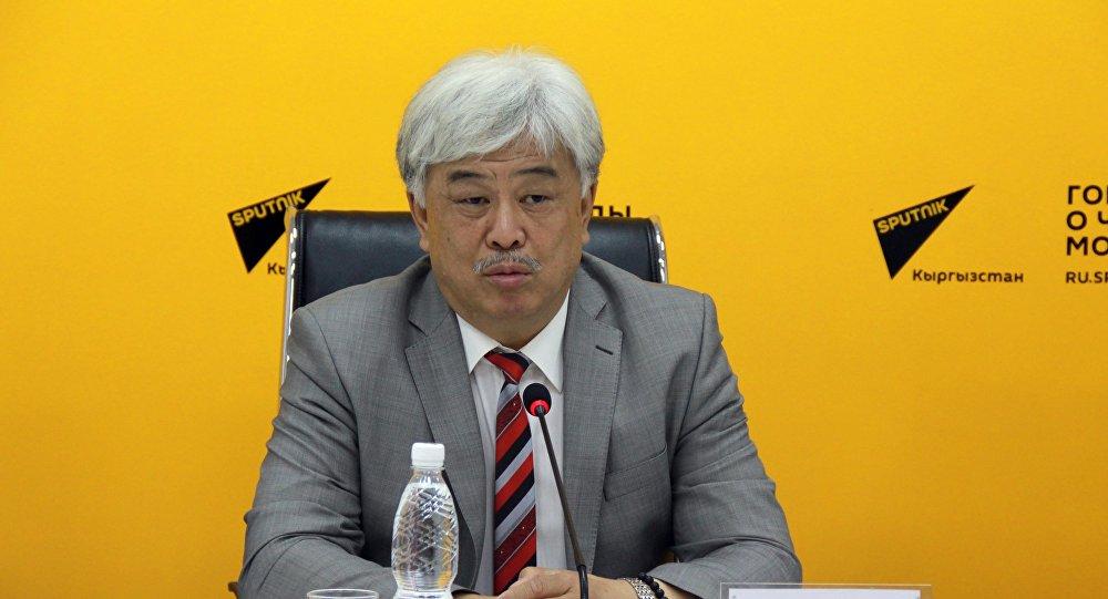 Председатель Ревизионной комиссии Ассамблеи народа Кыргызстана, заместитель председателя Ревизионной комиссии Ассамблеи народов Евразии Валерий Цой