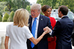 АКШ президенти Дональд Трамп, Франция лидери Эммануэль Макрон  жубайы Брижит Макрон менен