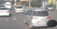 Вин Дизель, это ты? В Бишкеке водитель ехал по трассе задним ходом