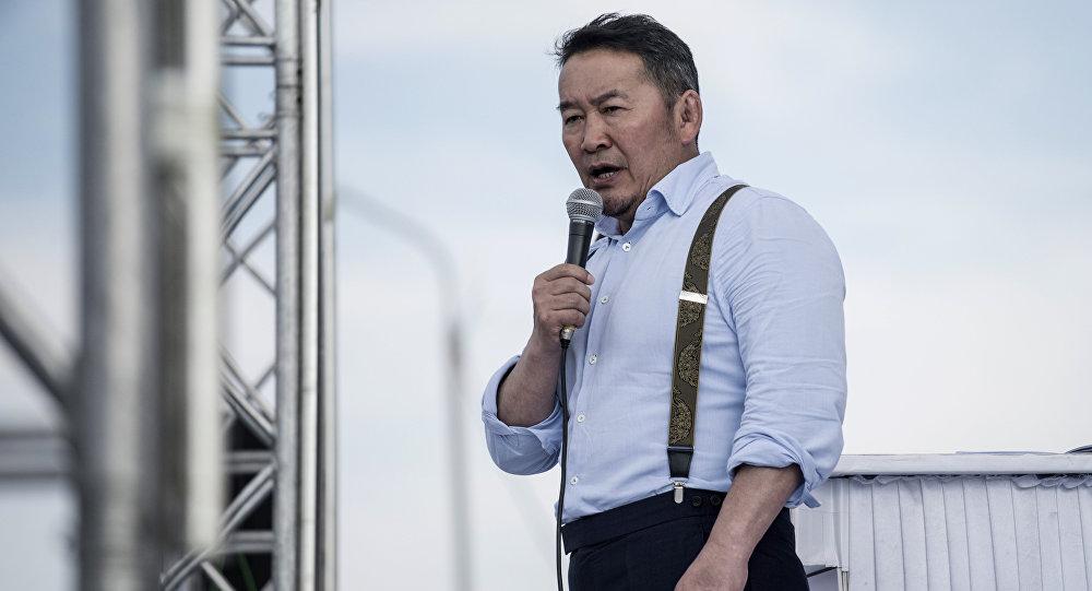 Архивное фото кандидата в президенты Монголии Халтмаагийн Баттулга