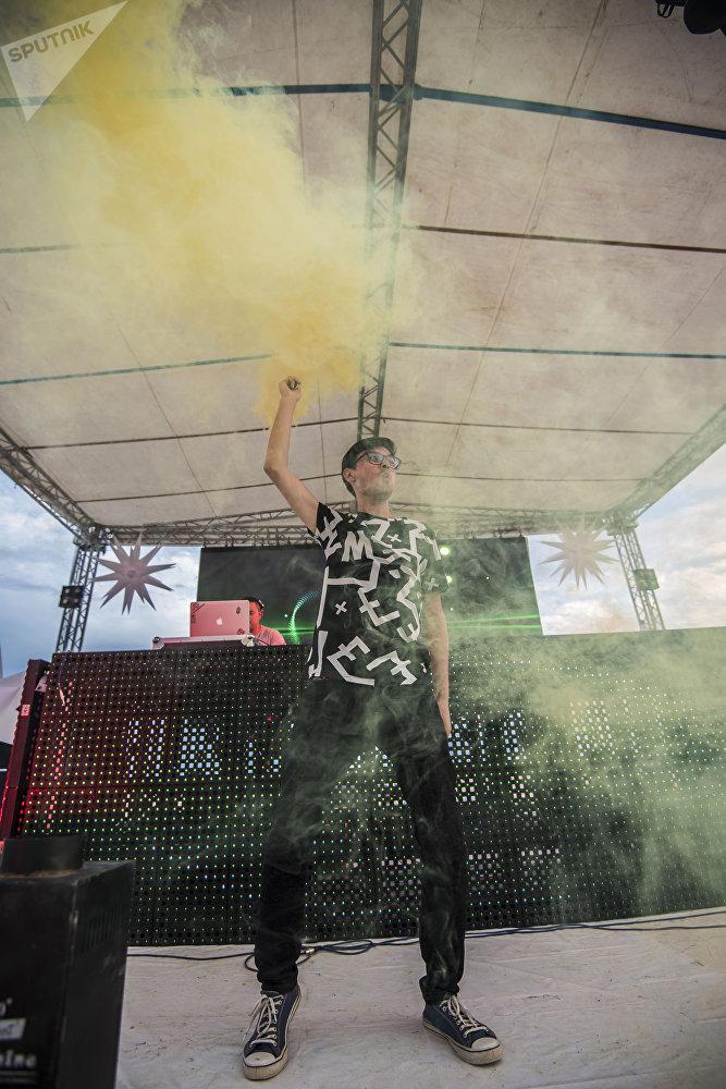 Фестиваль электронной музыки Highland в городе Чолпон-Ата