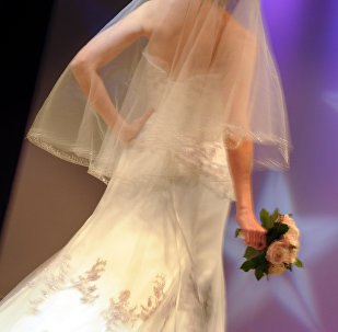 Невеста в свадебном платье. Архивное фото