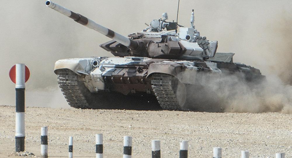 Военные Кыргызстана направились в РФ наТанковый биатлон