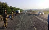 На трассе Бишкек — Ош столкнулись Honda Stepwgn, Honda Odissey и грузовик.