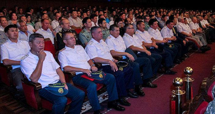 Первые гвардейцы приняли присягу на верность Родине и народу 20 июля 1992 года.