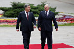 Украинанын лидери Петр Порошенко менен Белоруссиянын президенти Александр Лукашенко Киевде жолугушуу учурунда