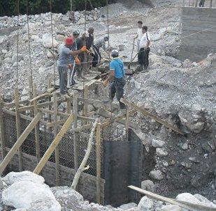 В Базар-Коргонском р-не началось строительно моста длиною 24 метров