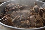 Приготовление мяса. Архивное фото