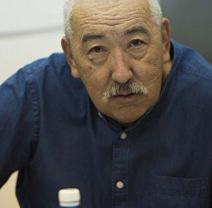 Архивное фото депутата Жогорку Кенеша VI созыва Исхака Масалиева