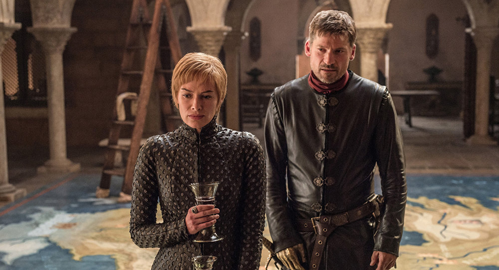 Актриса Лена Хейни и Николай Костер-Вальдау в сериале Играх престолов седьмого сезона. Архивное фото