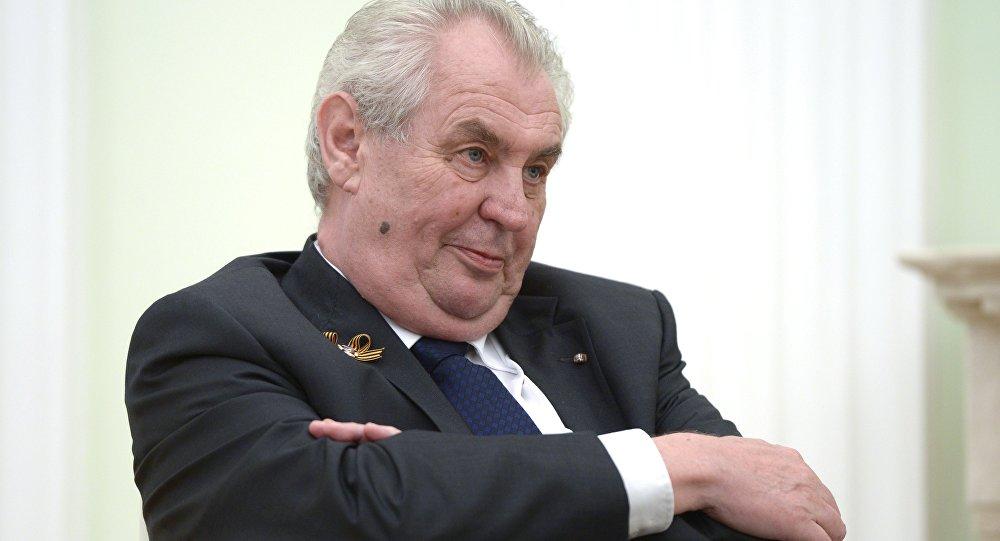 Архивное фото президента Чешской Республики Милоша Земана