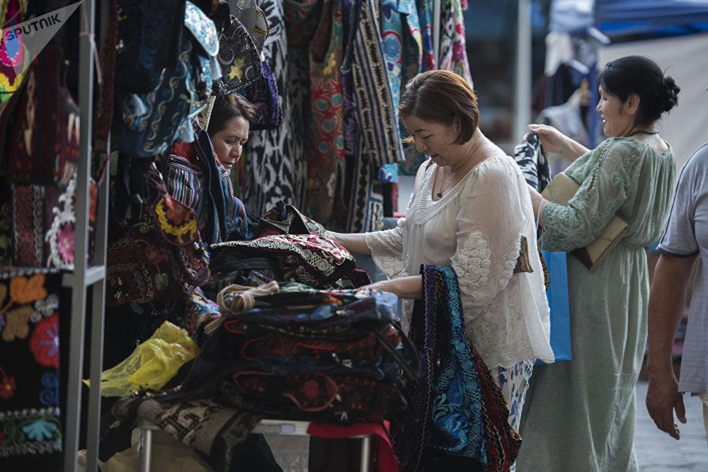 Көпчүлүк туркомпаниялар Оймо фестивалын өздөрүнүн календарына киргизип, туристтер үчүн ыңгайлуу шарт түзгөнгө аракет кылат