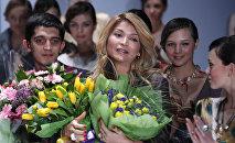 Мурдагы президент Ислам Каримовдун кызы Гүлнара Каримова. Архивдик сүрөт