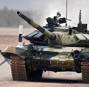 Участник танкового биатлона в рамках Армейских международных играх АрМИ-2017 на полигоне Алабино в Московской области.