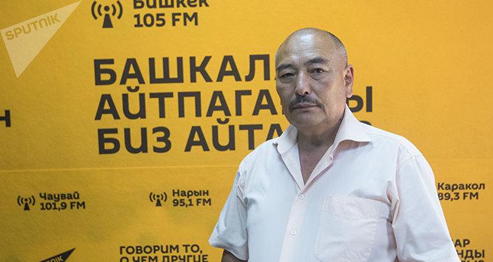 Музыкант, народный артист КР Курмангазы Азыкбаев