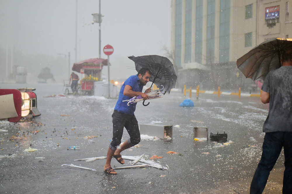 Мощная буря в Стамбуле