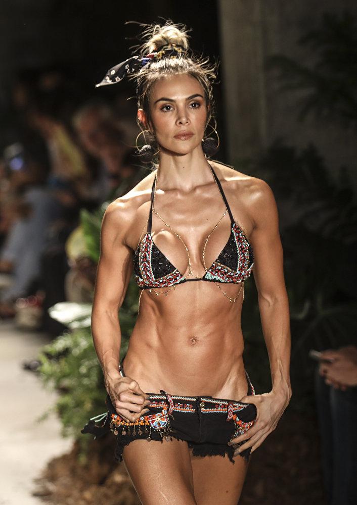 Мода Латинской Америки на Medellin's fashion week