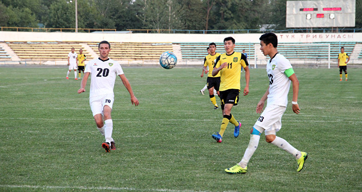 Ошский футбольный клуб Алай разгромил команду Кара-Балта из одноименного города с крупным счетом.