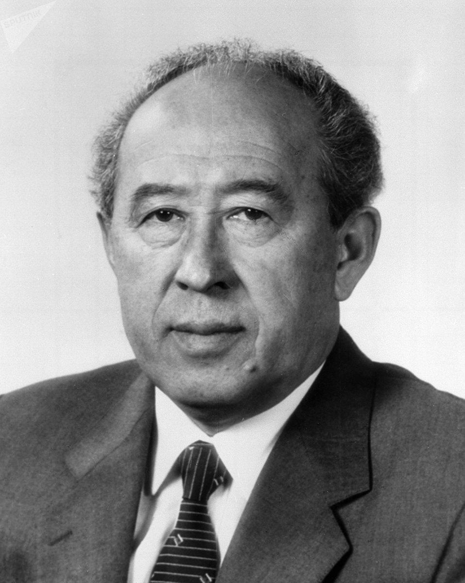 Член Политбюро Абсамат Масалиев