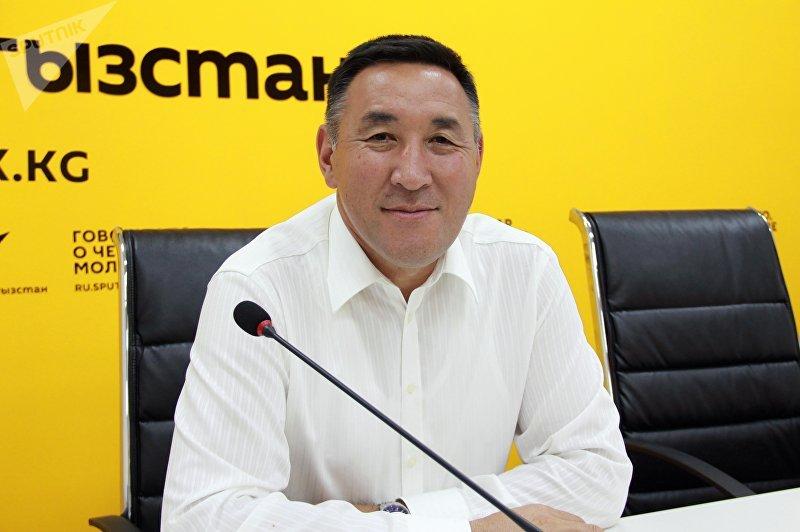 Начальник Управления капитального строительства мэрии Бишкека Нурлан Эшенбаев на пресс-конференции в мультимедийном пресс-центре Sputnik Кыргызстан