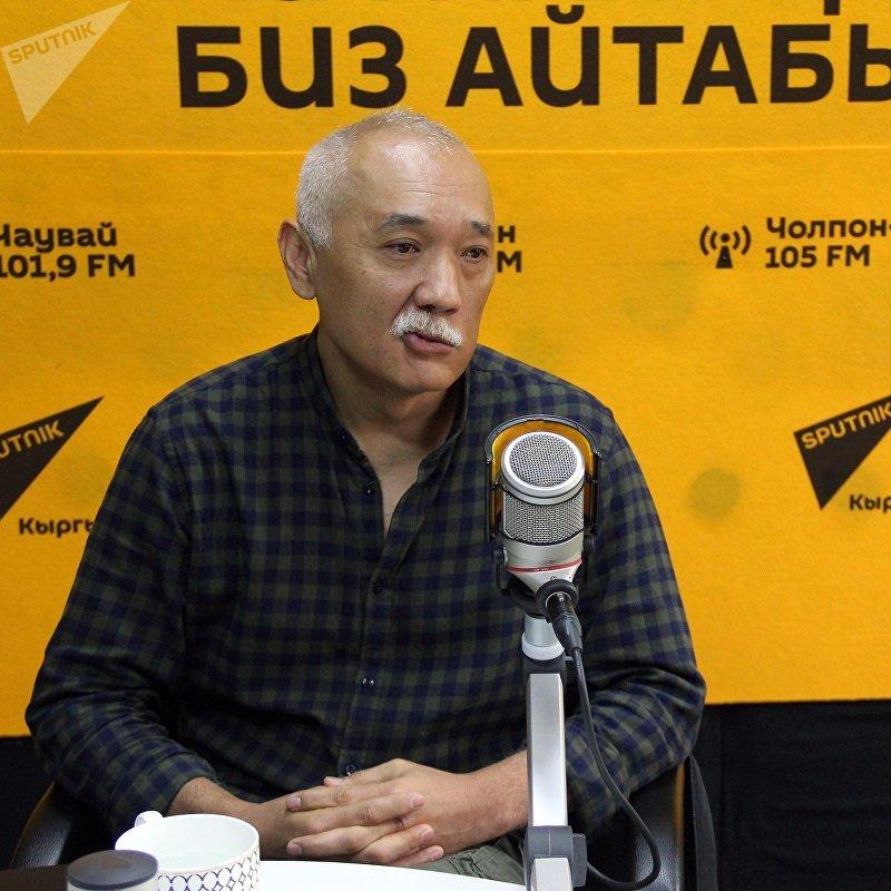 Бизнесмен Эркин Джаманбаев во время интервью Sputnik Кыргызстан