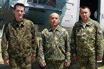 Военные воздушной обороны Вооруженных сил КР, спасшие альпиниста из Германии в районе пика Ленина в Ошской области