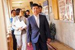 Борбордук шайлоо комиссиясы президенттикке талапкер катары биринчилерден болуп мурдагы премьер-министр Темир Сариевди каттоого алды