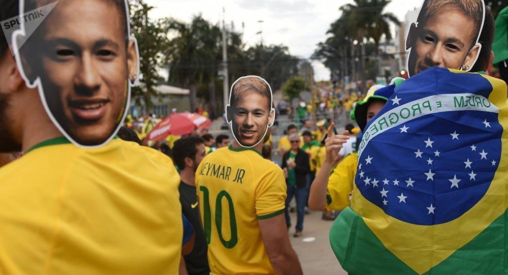 Болельщики сборной Бразилии. Архивное фото