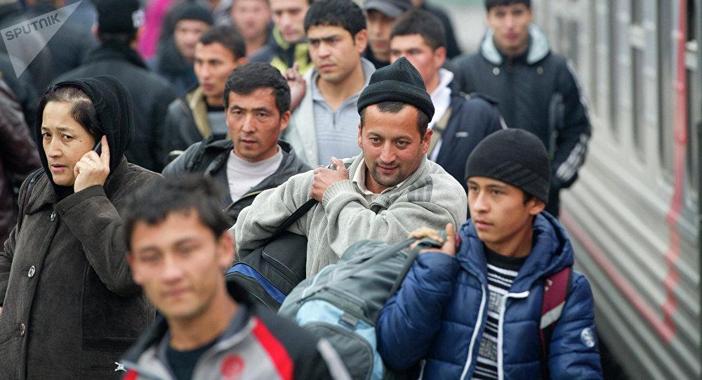 Кыргызские мигранты в России. Архивное фото