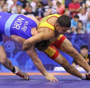 Борец Акжол Махмудов на чемпионате мира по борьбе среди юниоров в Финляндии. Архивное фото