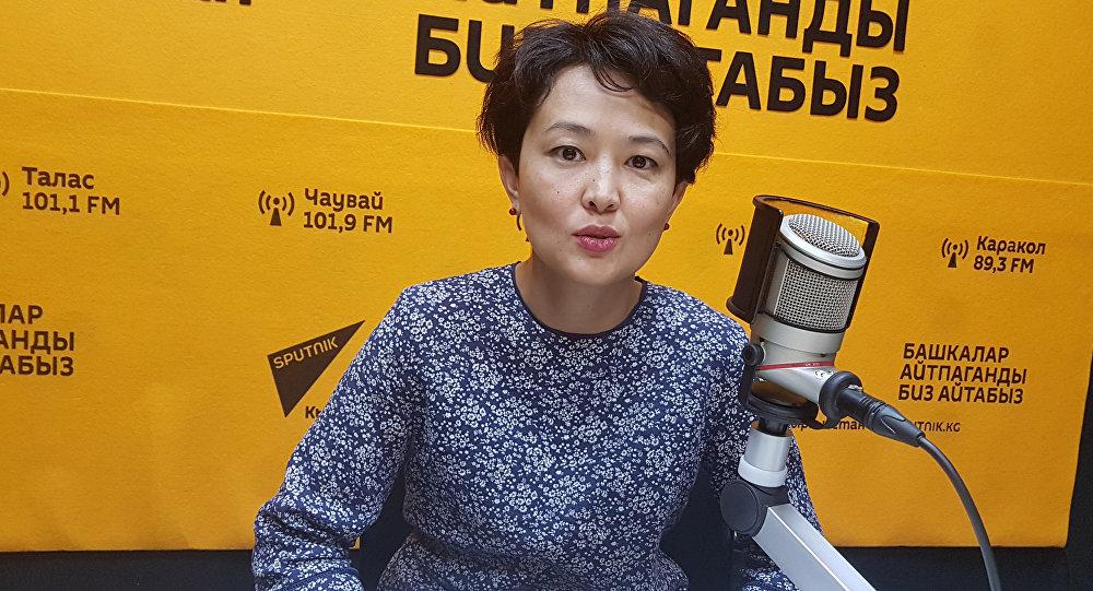 Представитель бизнес-сферы, соучредитель творческой студии Ололо Айнура Аманалиева во время интервью Sputnik Кыргызстан