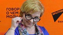 Специалист по геоклиматическим явлениям астролог Василина Мицкевич на радио студии Sputnik Беларусь