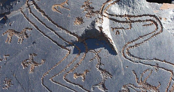 Петроглифы урочища Саймалуу-Таш