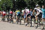 Велосипедисты во время марафона. Архивное фото