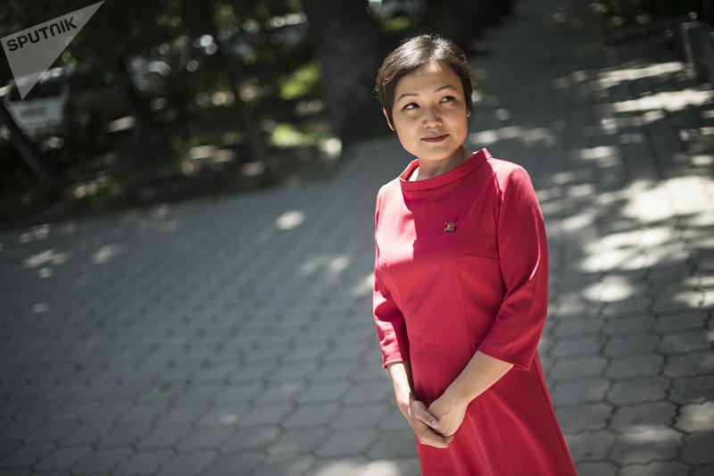 Депутат Жогорку Кенеша от фракции СДПК, журналист Аида Касымалиева
