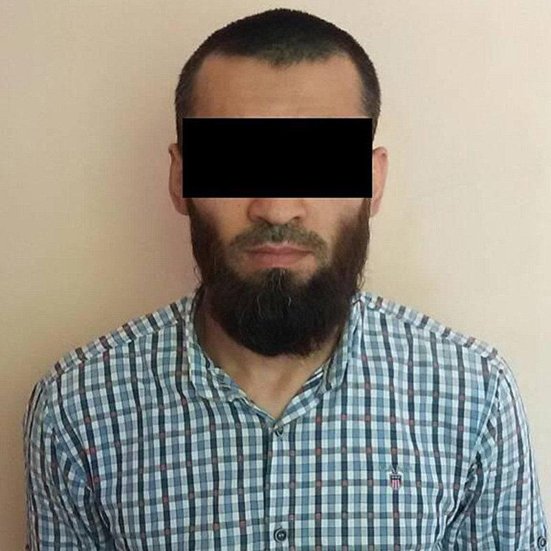 Задержанный гражданин Кыргызстана, один из лидеров экстремистской ячейки и активных вербовщиков, находившийся в межгосударственном розыске по подозрению в совершении преступлений