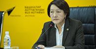 Председатель Центральной комиссии по выборам и проведению референдумов Нуржан Шайлдабекова во время пресс-конференции в мультимедийном пресс-центре Sputnik Кыргызстан