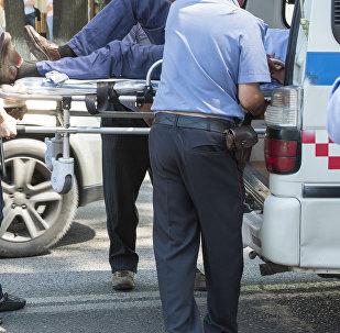 Госпитализация пострадавшего в ДТП. Архивное фото