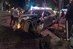 Бишкекте Абдрахманов жана Горький көчөлөрүнүн кесилишинде жеңил машина менен жол тандабас кагышты