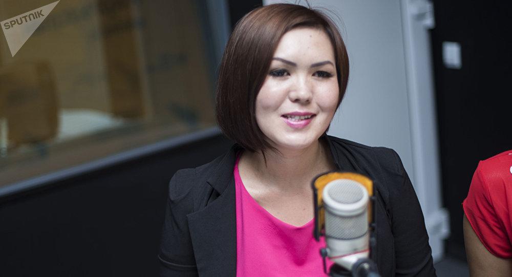 4-кесиптик лицейдин орун басары Индира Куралбекова