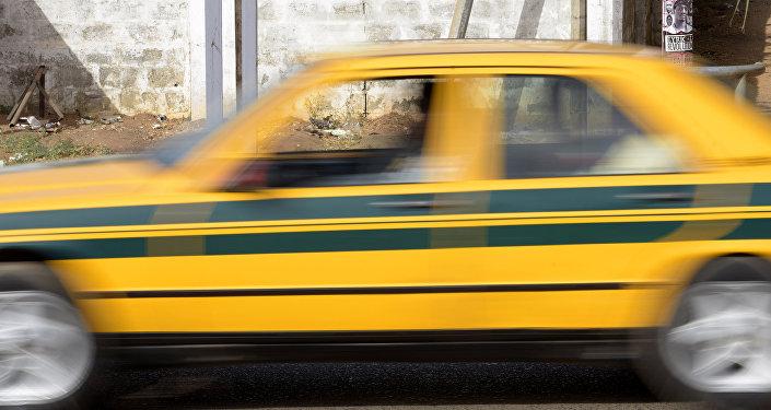 Такси. Архивдик сүрөт