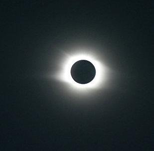 Полное затмение Солнца. Архивное фото