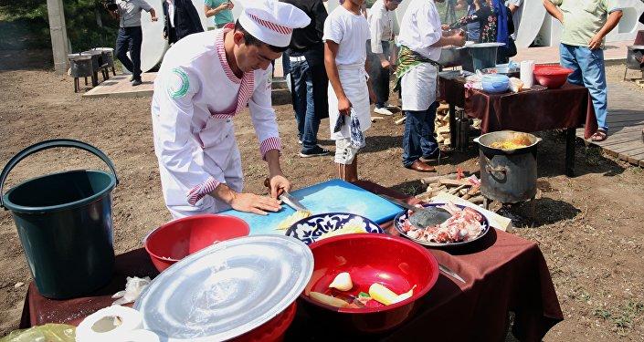 Международный фестиваль плова Дружба народов Азии в Оше
